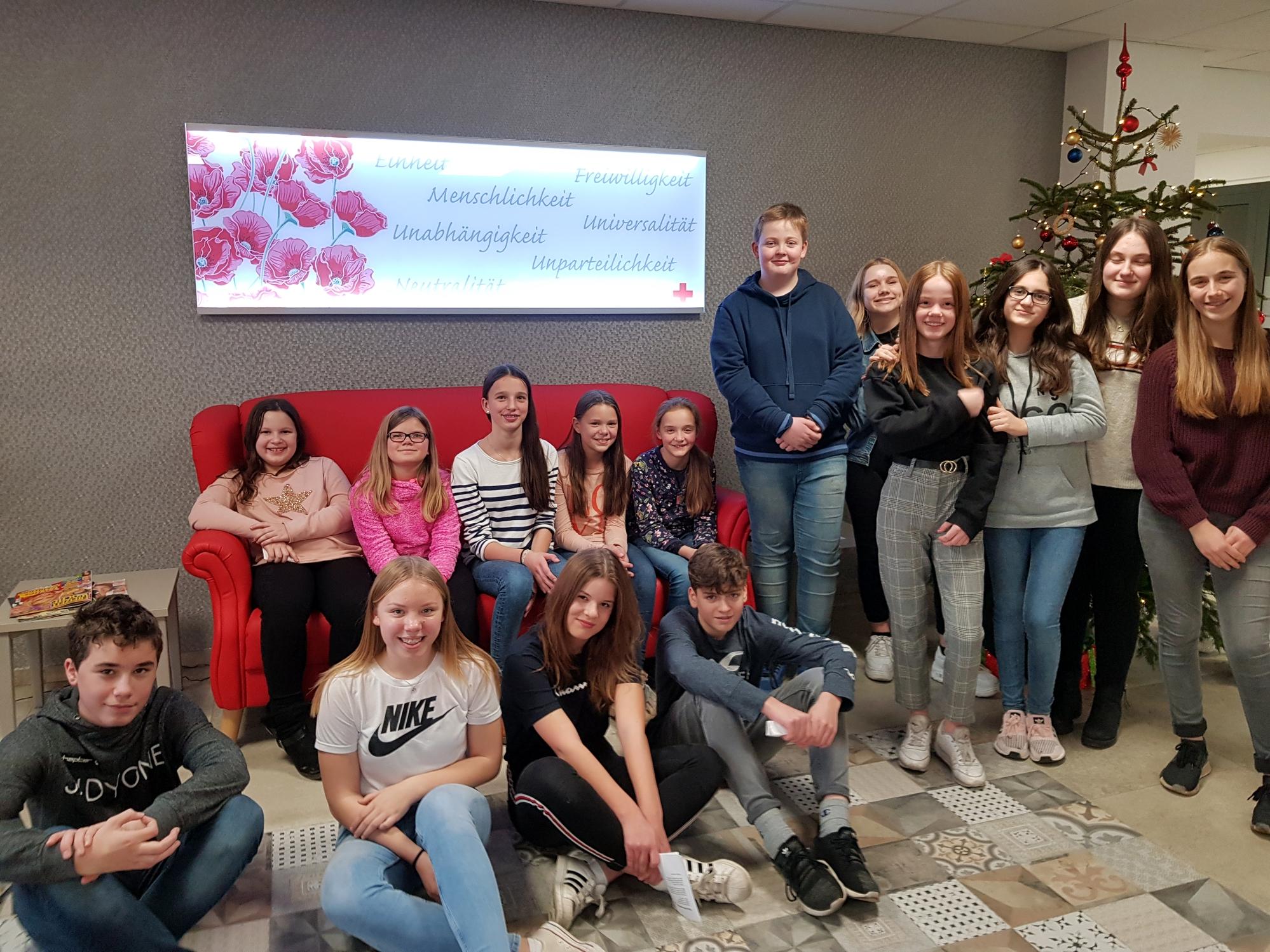 Silberkämper besuchen Weihnachtsfeier im Seniorenzentrum
